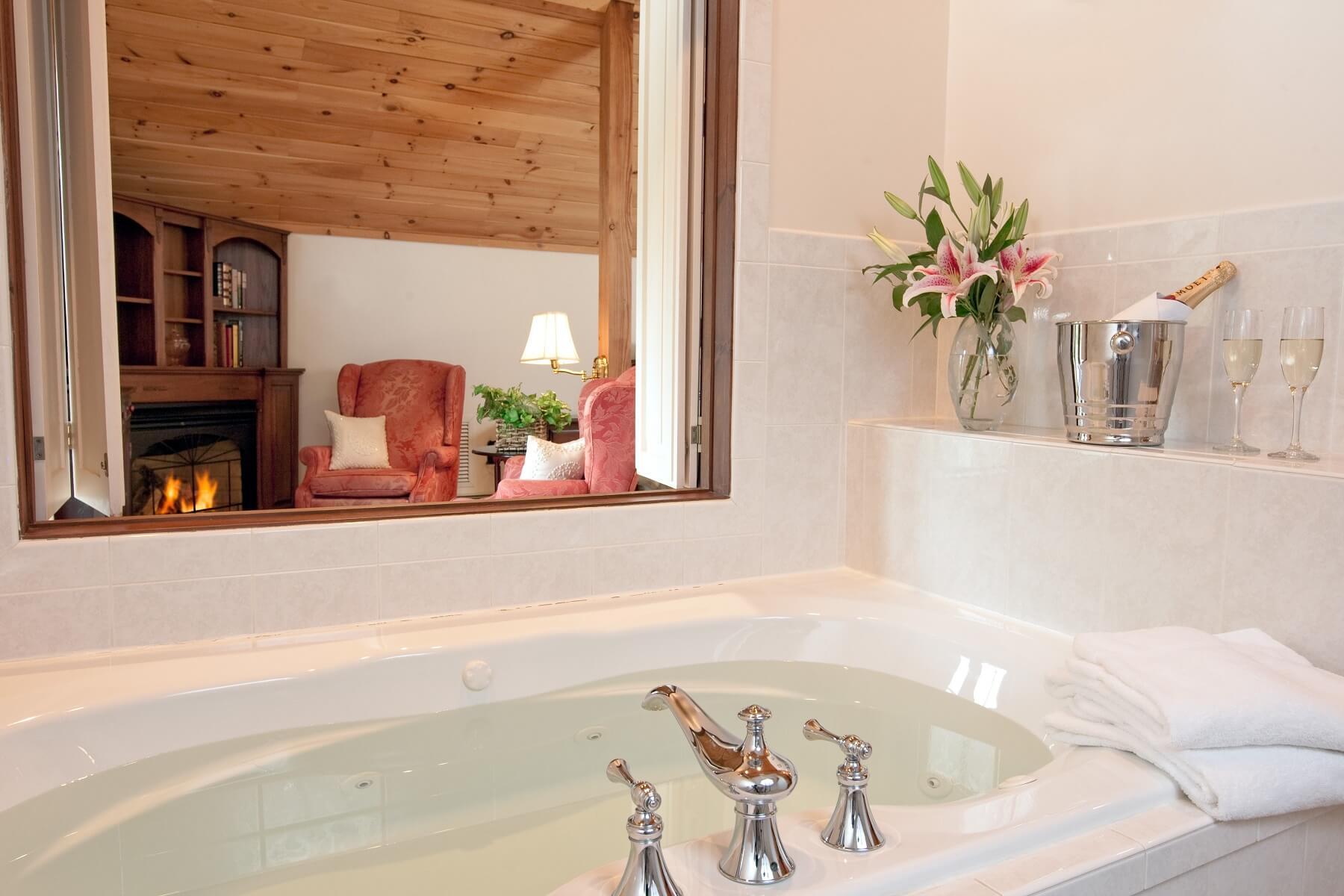 Sarah Master Suite bathroom at Stonecroft Country Inn