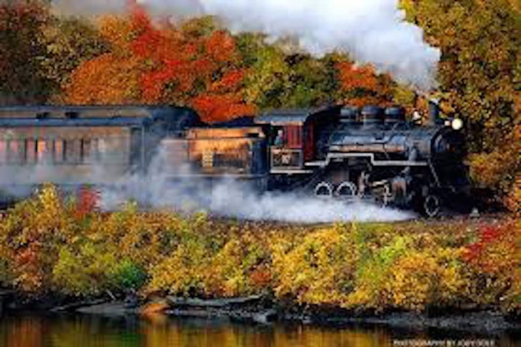 Connecticut fall foliage train
